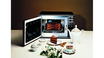 Miele Countertop Microwave : The microwave era begins. Mieles first product, the Model M 690, is ...