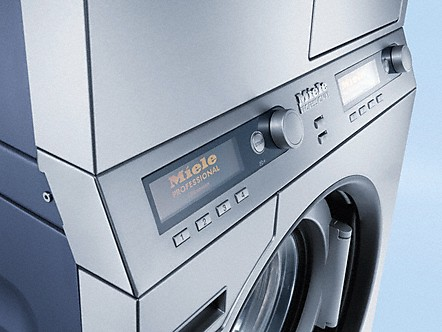 ergonomische bedienung produktvorteile wasch trocken s ulen. Black Bedroom Furniture Sets. Home Design Ideas